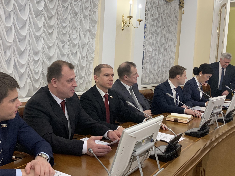 Список всех депутатов с фото санкт петербург
